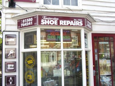 Tenterden Shoe Repairs Logo