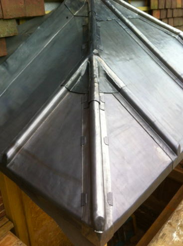 RT Alkin Leadwork & Roofing Logo
